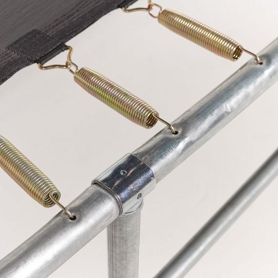 Fijación de los muelles a la estructura y la tela de salto de la cama elástica Ovalie 490