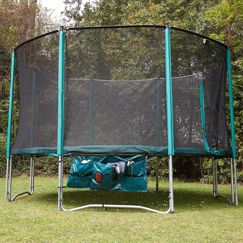 Una cama el stica familiar con red de exclusivo y de for Cama familiar
